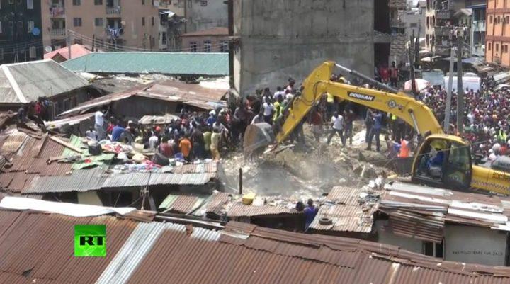 scoala 720x401 Mai multi copii au murit, dupa ce cladirea unei scoli s a prabusit in Nigeria (VIDEO)