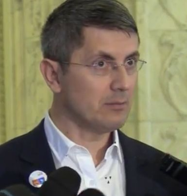 usr Liderul USR, dupa decizia CCR: Daca presedintele va decide sa initieze acest referendum...