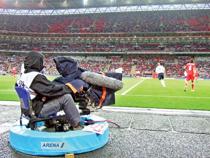 wembleybun Pe Wembley se trage si pe nas, nu numai la poarta