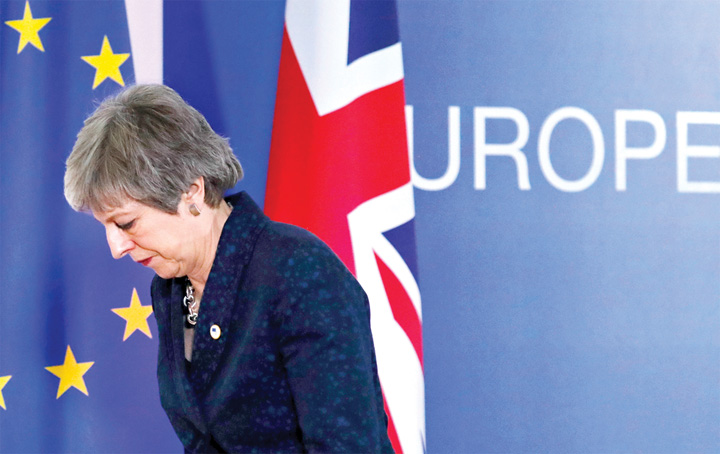 2 6 Marea Britanie ramane in UE