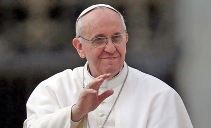 Papa Francisc 9 milioane de lei pentru vizita Papei Francisc