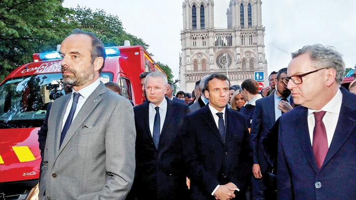 notre dame 1 Franta cauta mestesugari pentru Notre Dame
