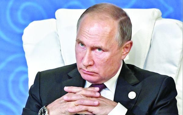 putin Cum isi baga Rusia coada in alegerile europarlamentare