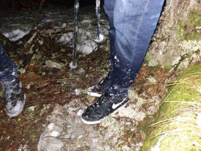 salvati 667x500 Doi turisti straini salvati noaptea trecuta de pe munte: erau aproape de socul hipotermic