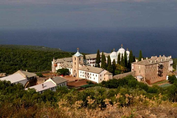 schitulromanescprodromu 960.000 euro pentru Schitului romanesc de la Muntele Athos