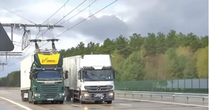 nemti2 Nemtii testeaza autostrazile electrice