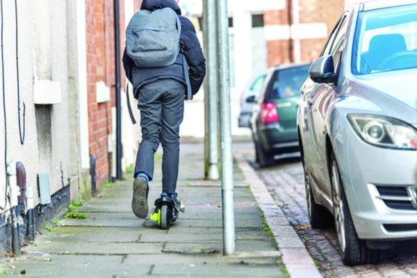 trotinete Fara trotinete electrice pe trotuarele din Franta