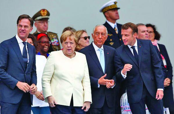 m 2 1 Macron, de Ziua Franţei: între huiduieli şi armata spaţiului