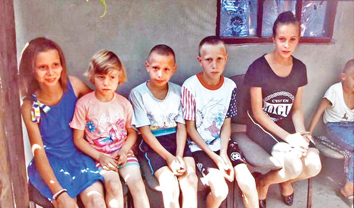 orfani Centrele de plasament se închid. Unde dispar orfanii?