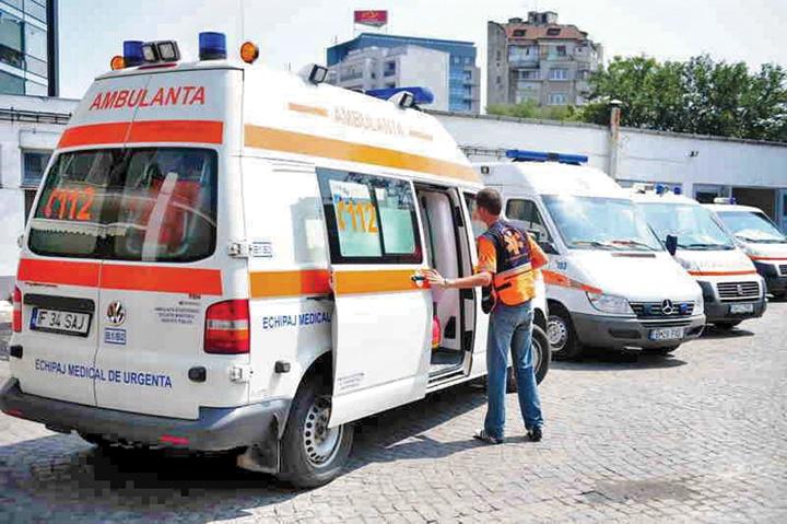 ambu Ambulanțierii, acuzați că nu fac resuscitare, ca să vândă morții
