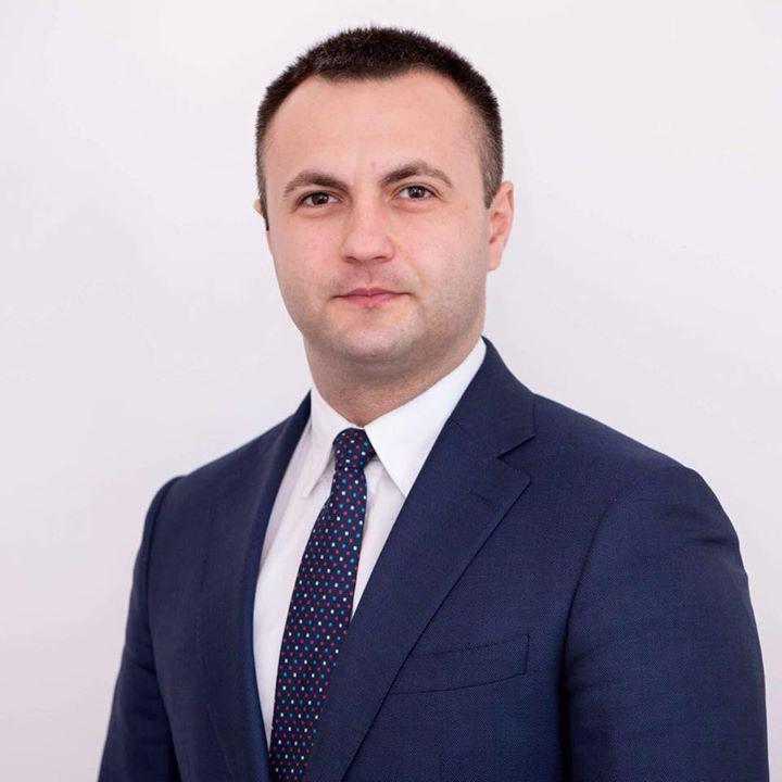 cucsa Şeful ALDE Timiş îl critică pe Vosganian: Nu mai vrem poeziile lui. Dacă a obosit, să facă un pas în spate