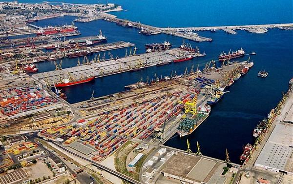 port constanta3 Băsescu, gunoierul Americii!